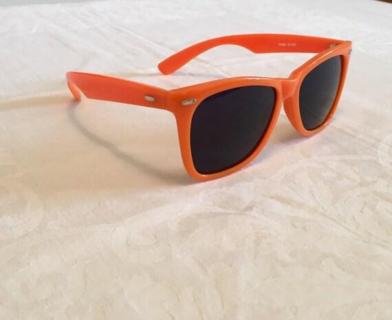 0337e099b5 Orange vintage sunglasses wayfarer style shades plastic
