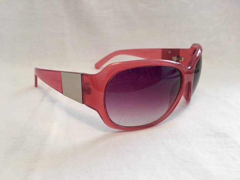 5d28a69891 Pink vintage sunglasses seventies shades rose colored