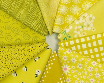 MQ {Stash}builder - CHARTREUSE - Fat Quarter Bundle - 10 pieces
