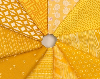 MQ {Stash}builder - YELLOW - Fat Quarter Bundle - 10 pieces