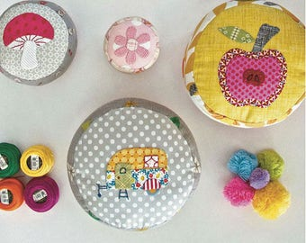Pincushion Party by Louise Papas for Jen Kingwell Designs (PAPER PATTERN)