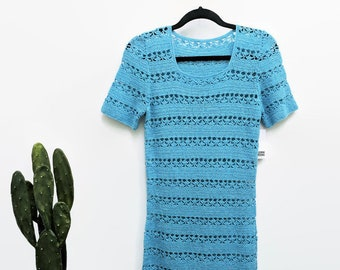 30% OFF SALE Vintage 1960s Crochet Knit Dress Baby Blue Dress Metallic Silver Layering Sheer Short Sleeve Midi Hand Knitted Dress L