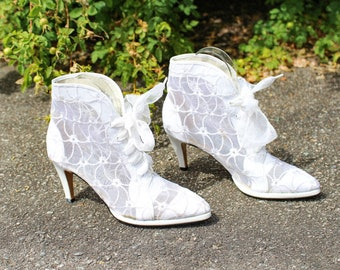 4e4e1c43b0e12 Pointy ankle boots | Etsy