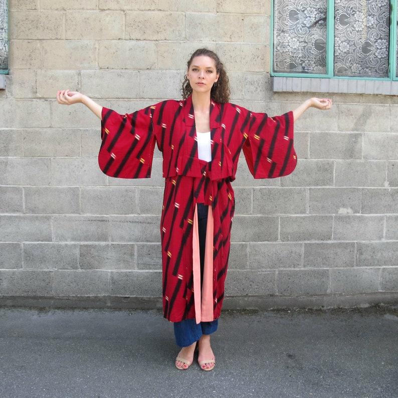 67f5565ab9 Vintage Red Long Kimono Japanese Yakuta Red   Black Kimono 70s