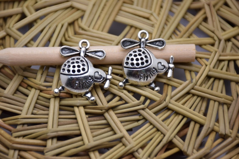 20pcs 25x22x5mm Fight Planehelicopter Antique Silver Retro Pendant Charm For Jewelry Pendant