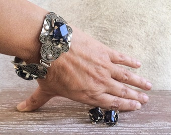 Vintage Taxco Jewelry Bracelet and Earrings Set Screwback Earrings Spanish Colonial Style Jewelry, Blue Rhinestone Jewelry, Mexican Jewelry