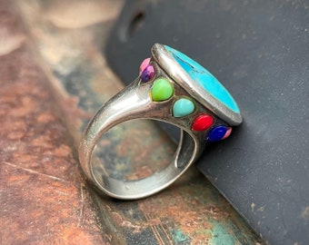 Vintage 925 Sterling Silver and Turquoise Ring Size 8 from Thailand, Raised Design Multicolor Stone