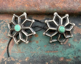 Set of Two Vintage Ingot Silver Natural Turquoise Buttons, 1930s Navajo Native American Indian