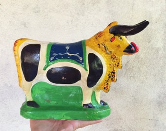 Rare Ecuador folk art ceramic bull coin bank vintage fair prize financial planner gift