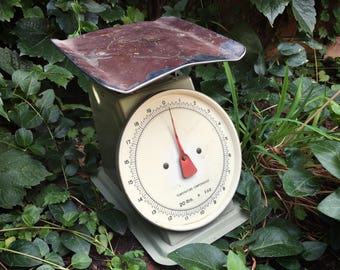 Vintage 20 pound metal kitchen scale missing glass and brand farmhouse decor cottage chic
