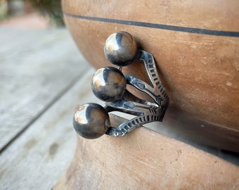 Fred Harvey Era Modernist Sterling Silver Ring Stamped Triple Shank Band, Round Silver Ball Jewelry