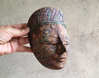 Vintage Javanese Wayang Mask Detailed Painting on Carved Balsa Wood Wall Hanging, Indonesia Folk Art