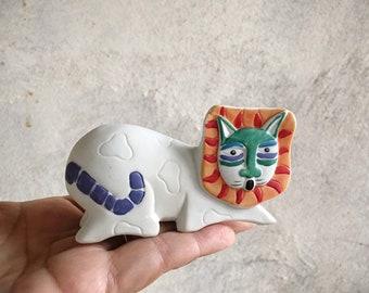 1990s Laurel Burch Cat Lion Figurine Bisque Porcelain Cat Lover Gift for Leo Zodiac, Shelf Accent Desk Decor, November Birthday Gift Ideas