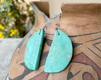 Large 1960s Hand-Shaped Slab Turquoise Earrings Unisex, Santo Domingo Native American Jewelry