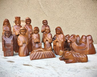 Vintage Hand Carved Wood 16 Pieces Christmas Nativity Set Baby Jesus and Cradle Joseph Mary Wise Men
