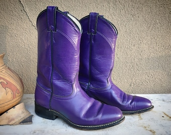 Vintage Women's Size 7 M Purple Laredo Roper Cowboy Boot for Women, Round Toe Western Cowgirl