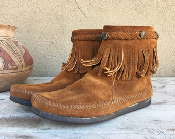 Minnetonka Moccasins Women's Size 8 Brown Suede Hard Sole Moccasin Ankle Boots, Native American Boot, Boho Shoe