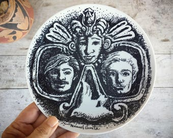 Manuel Acosta Art Commemorative Plate for El Paso, Decorative Plates, Chicano Art