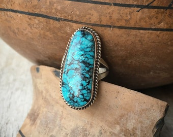 Simple Turquoise Ring for Women Size 7.5, Navajo Native American Indian Jewelry, December Birthday