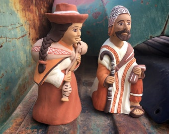 Vintage Peruvian Pottery Folk Art Expecting Mary and Joseph (Some Damage), Southwest Christmas