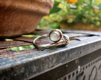 Sterling Silver Moonstone Twist Ring for Women, Tribal Bohemian Jewelry for June Birthday