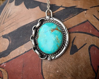 1970s Turquoise Pendant Necklace with Unusual Link Border, Vintage Native American Indian Jewelry