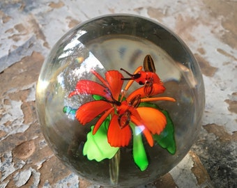 Flying Bees Art Glass Paperweight with Orange and Green Flower, Murano Style Glass Sun Catcher