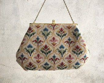 Vintage Woolen Needlepoint Top Handle Bag with Gold-tone Clasp 1950s to 1960s Floral Handbag with Chain Strap, Tapestry Purse Spring Easter