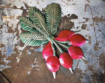 Mexican Tin Wall Hanging of Bunch of Radishes, Mexican Home, Southwestern Decor Vegetable Kitchen Wall Decor