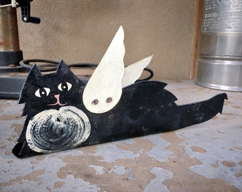 Rustic Chippy Painted Metal Cat with Wings Book End, Black Cat Gifts, Farmhouse Decor Ranch Home