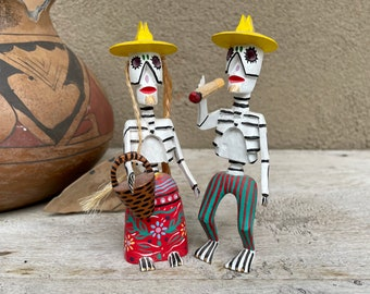 Pair of Vicente Hernandez Vasquez Day of Dead Wood Carved Calavera Couple Mini Figurines Skeletons