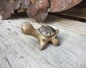 Acoma Pottery Turtle Figurine, Native American Indian Pottery Southwestern Decor