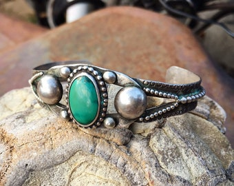 Fred Harvey Era Vintage Turquoise Cuff Bracelet for Woman, Southwestern Sterling Silver Native American Style