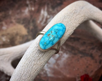 Simple Oval Spiderweb Turquoise Ring for Women Size 9, Navajo Native American Indian Jewelry