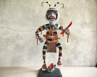 Tall wooden Koshare clown Hopi kachina Native American Indian carving