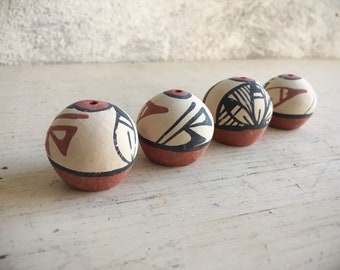 Four Vintage Miniature Seed Pots New Mexican Pueblo Indian Pottery, Southwestern Decor