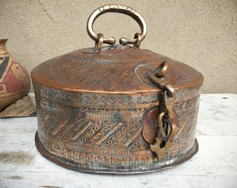 Vintage Chapati Box from India Hammered Etched Copper Metal Primitive Decor, Roti ka Dabba Bread Box