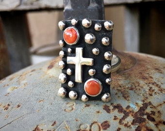 Heavy Navajo Sterling Silver Spiny Oyster Ring with Cross Design, Native American Indian Jewelry
