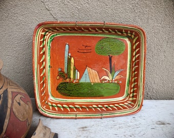 Old Mexican Pottery Tlaquepaque Dish with House Design, Wall Plate, Rustic Decor Farmhouse