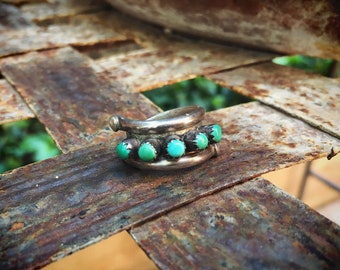 Vintage Turquoise Ring for Women Size 6.5 Zuni Snake Eye Setting, Old Pawn Authentic Turquoise