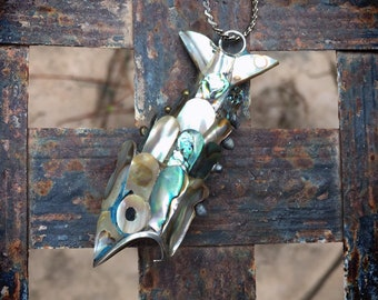 Vintage Abalone Articulated Fish Pendant Necklace for Women, Koi Fish Moving Charm, Lucky Amulet