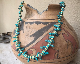 1970s Bisbee Turquoise Nugget Necklace for Women, Native American Indian Jewelry Boho Hippie