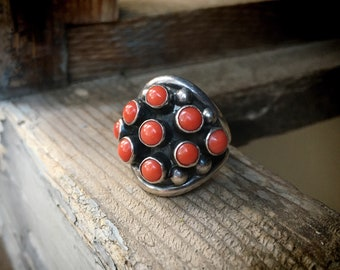 Zuni Mediterranean Coral Snake Eye Knuckle Ring for Women Size 6.5, Vintage Native America Jewelry
