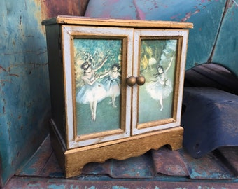 Vintage Royal Sealy Wood Miniature Chest of Drawers Jewelry Music Box Gilt with Ballerina Design