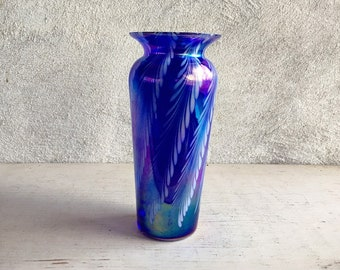 Vintage Pulled Feathered Art Glass Vase Iridescent Blue Purple, Collectible Glass, Decorative Vase