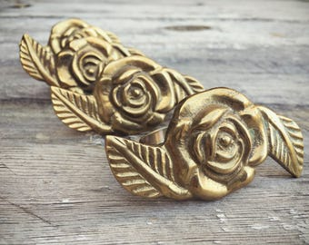 Four Brass Rose Napkin Rings Gold, Holiday Decor, Easter Table Setting, Spring Table Decor