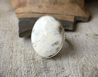 Oval White Turquoise Stone Ring for Women Size 9 (Slightly Adjustable), Native America Indian Jewelry