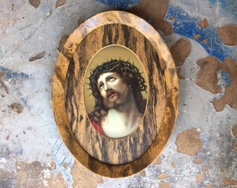 Early 20th Century Framed Lithograph Cristo de Limpias Jesus Christ Crown of Thorns Wall Hanging