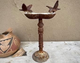 Tall Rusty Metal Cast Iron Bird Bath Hummingbird Design, Cottage Garden Decoration, Rustic Decor