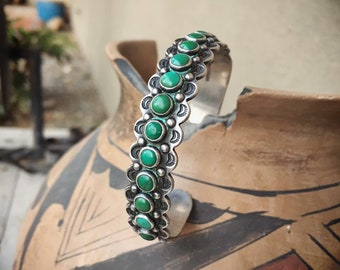 Fred Harvey Era Vintage Turquoise Snake Eye Cuff Bracelet for Small Wrist, Old Pawn Native American Indian Jewelry